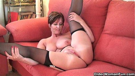 Granny pussy porn videos jpg 600x337